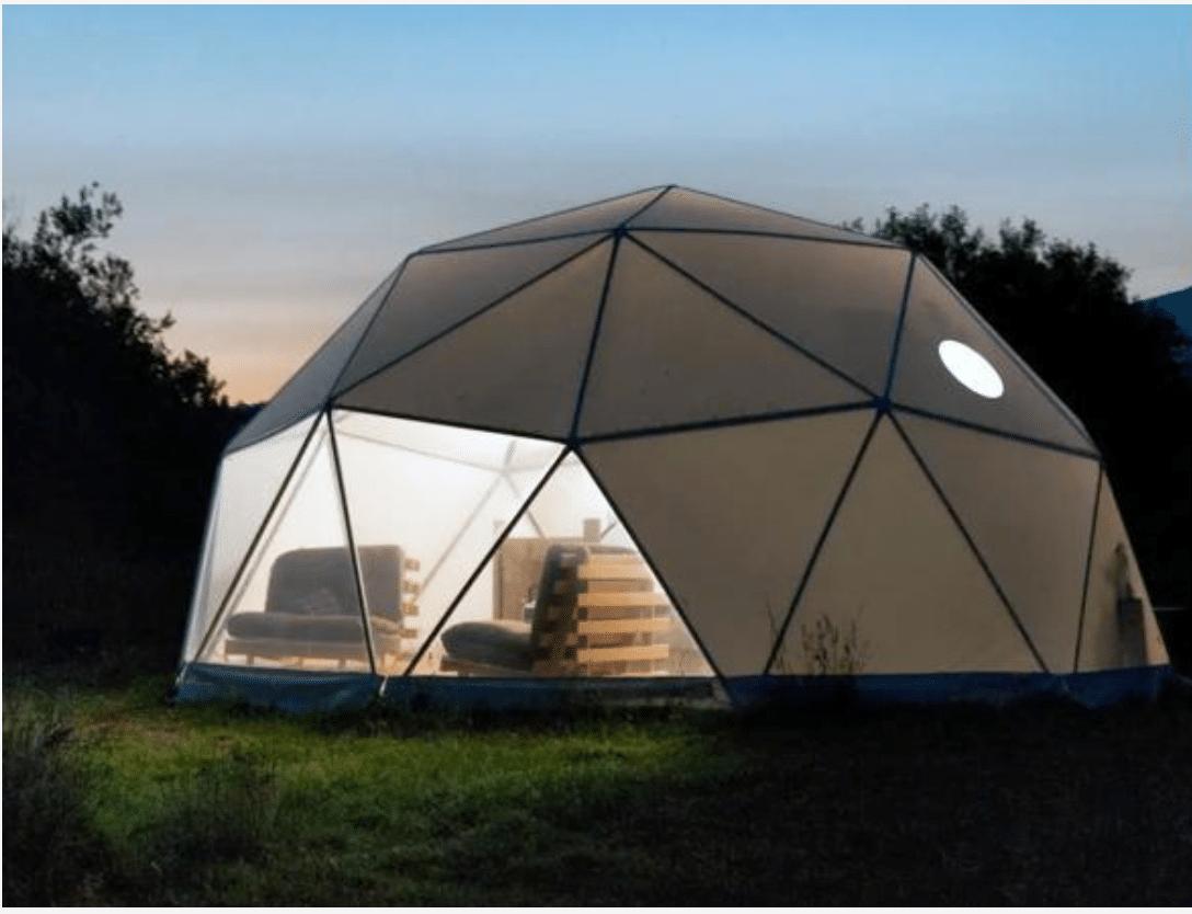 Posti assurdi dove dormire Airbnb