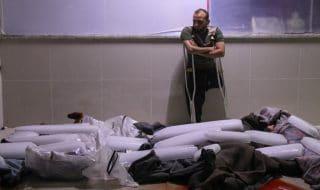 Siria cadaveri sepolti ghiaccio
