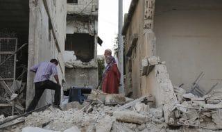 siria raid idlib hama morti