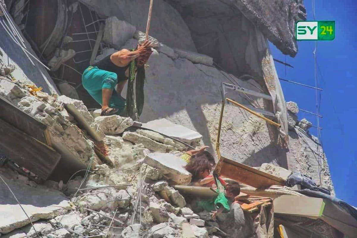 Siria: nuovo raid aereo sui civili a Idlib