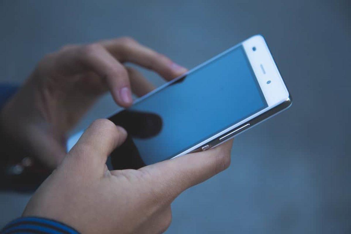 Bollette del telefono a 28 giorni, la decisione sui rimborsi
