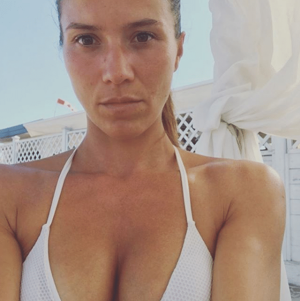 adinolfi moglie boschi bikini