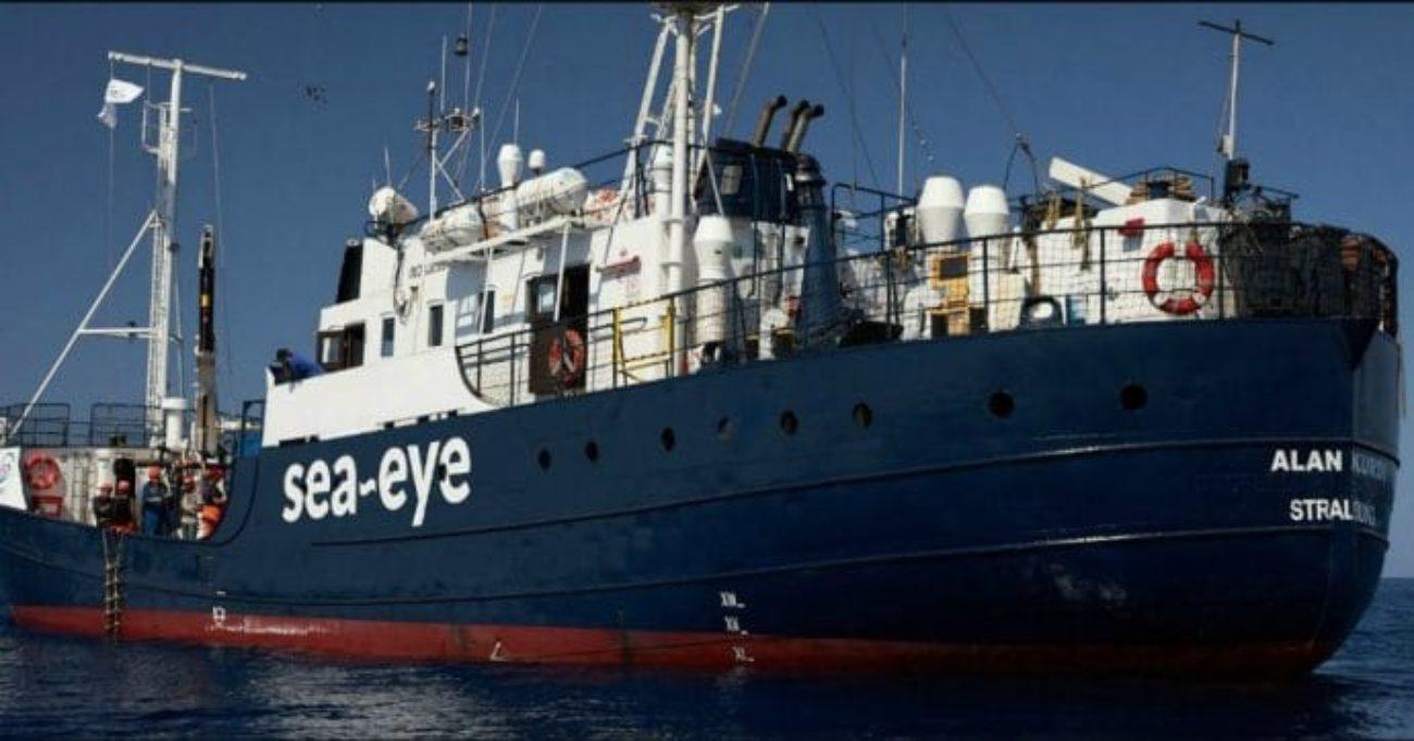 Nave Alan Kurdi diretta a Lampedusa, arriva lo stop: divieto di ingresso