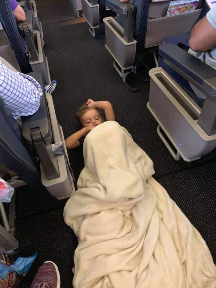 bambino autistico aereo