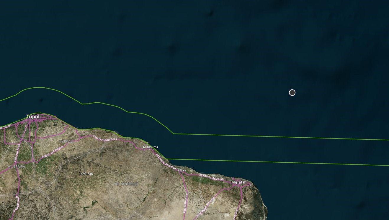 Si capovolge in Libia barcone con 50 migranti