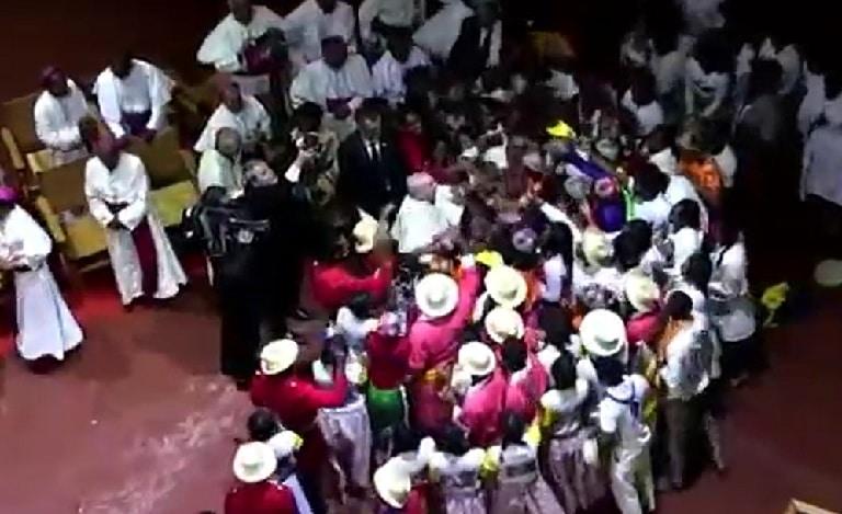Papa ragazzi ballo
