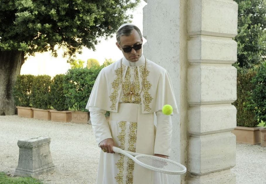 stasera in tv the young pope