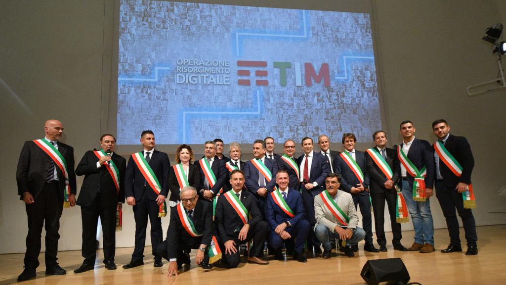 "Sindaci italiani aderenti a ""Operazione Risorgimento Digitale"" di TIM. Credit: TIMNewsroom"