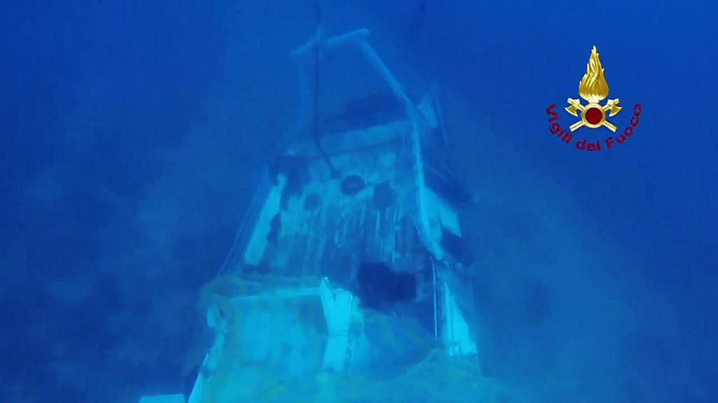 Lampedusa 3 ottobre 2013 il barcone affondato