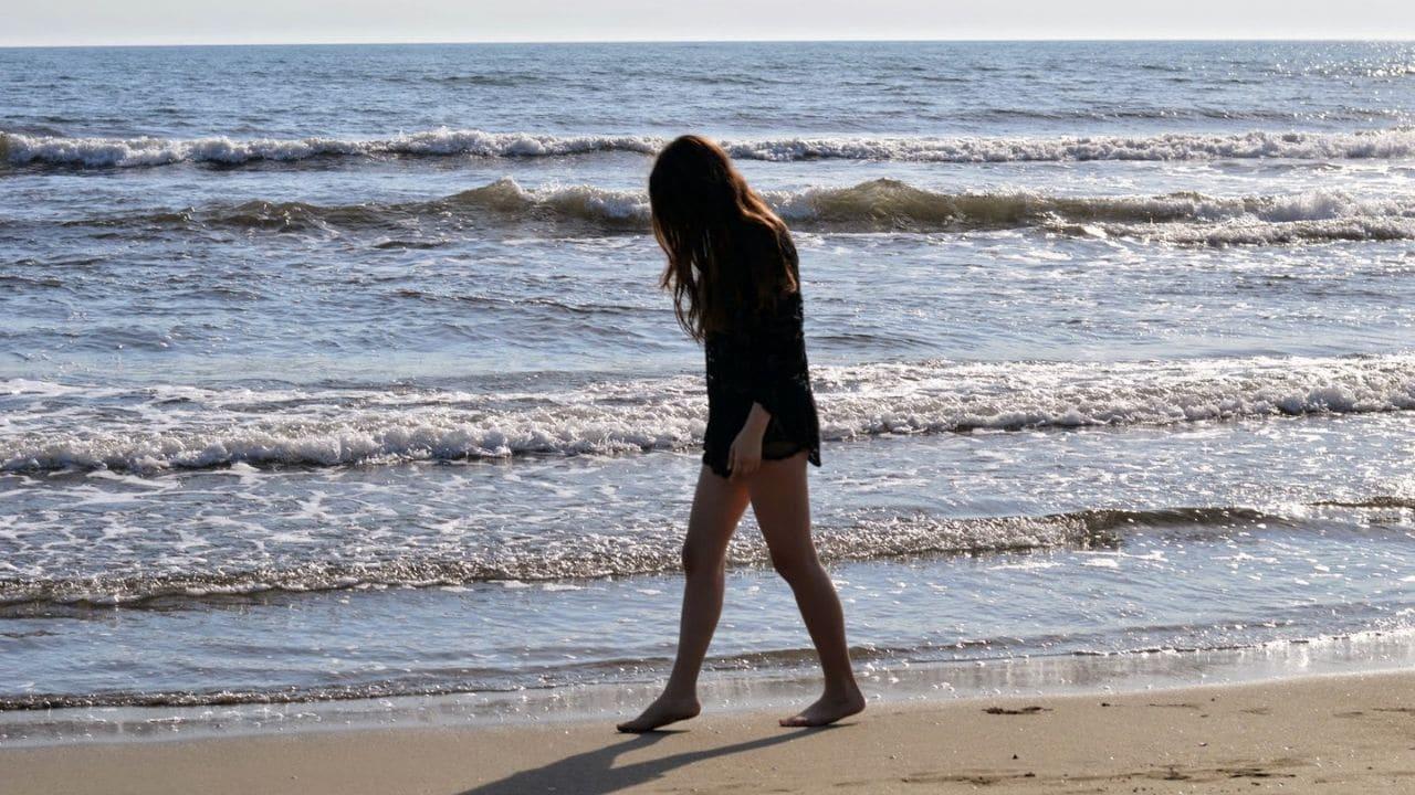 Crotone, professore molesta una ragazzina al mare: condanna confermata