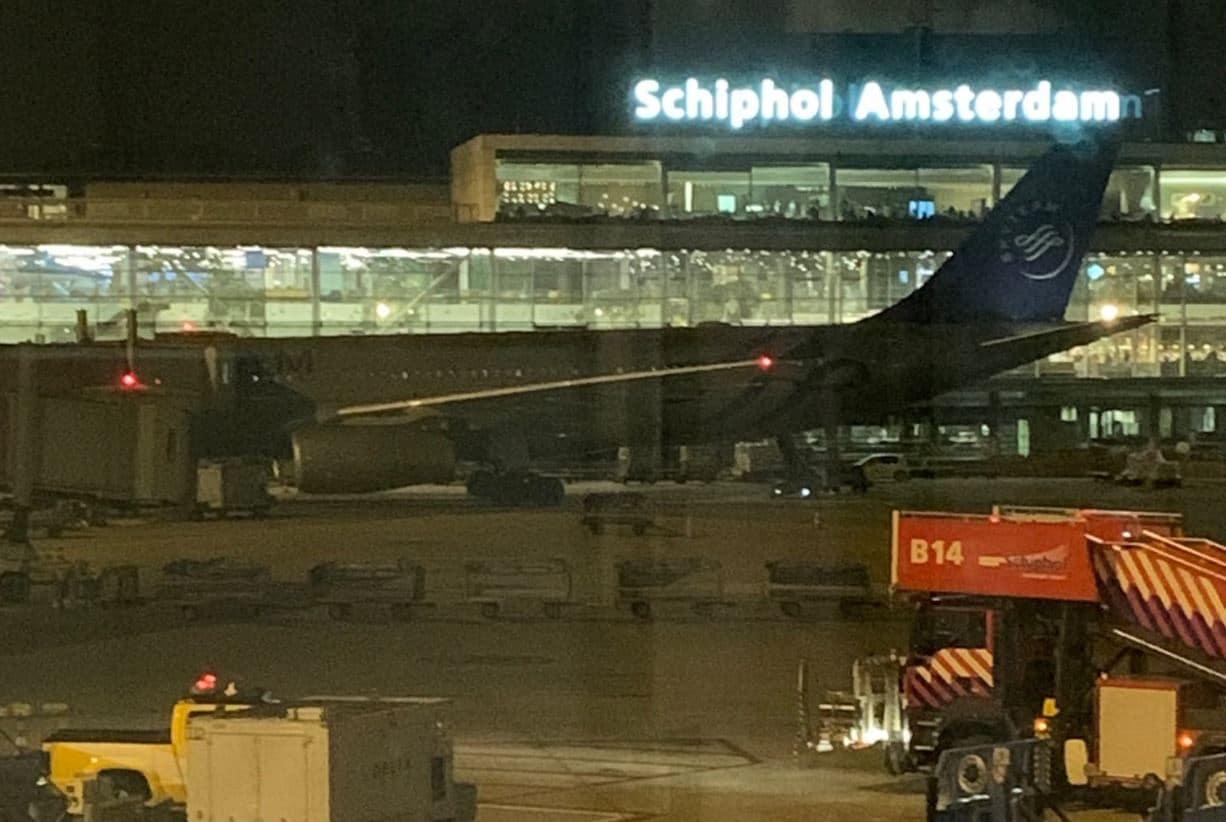Allarme dirottamento all'aeroporto Schiphol di Amsterdam