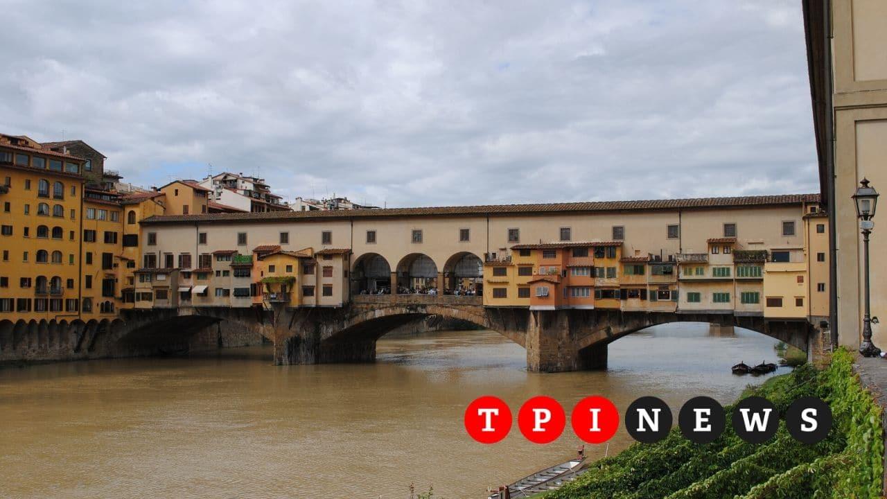 Arno in piena: le ultime notizie di oggi sul maltempo in Toscana