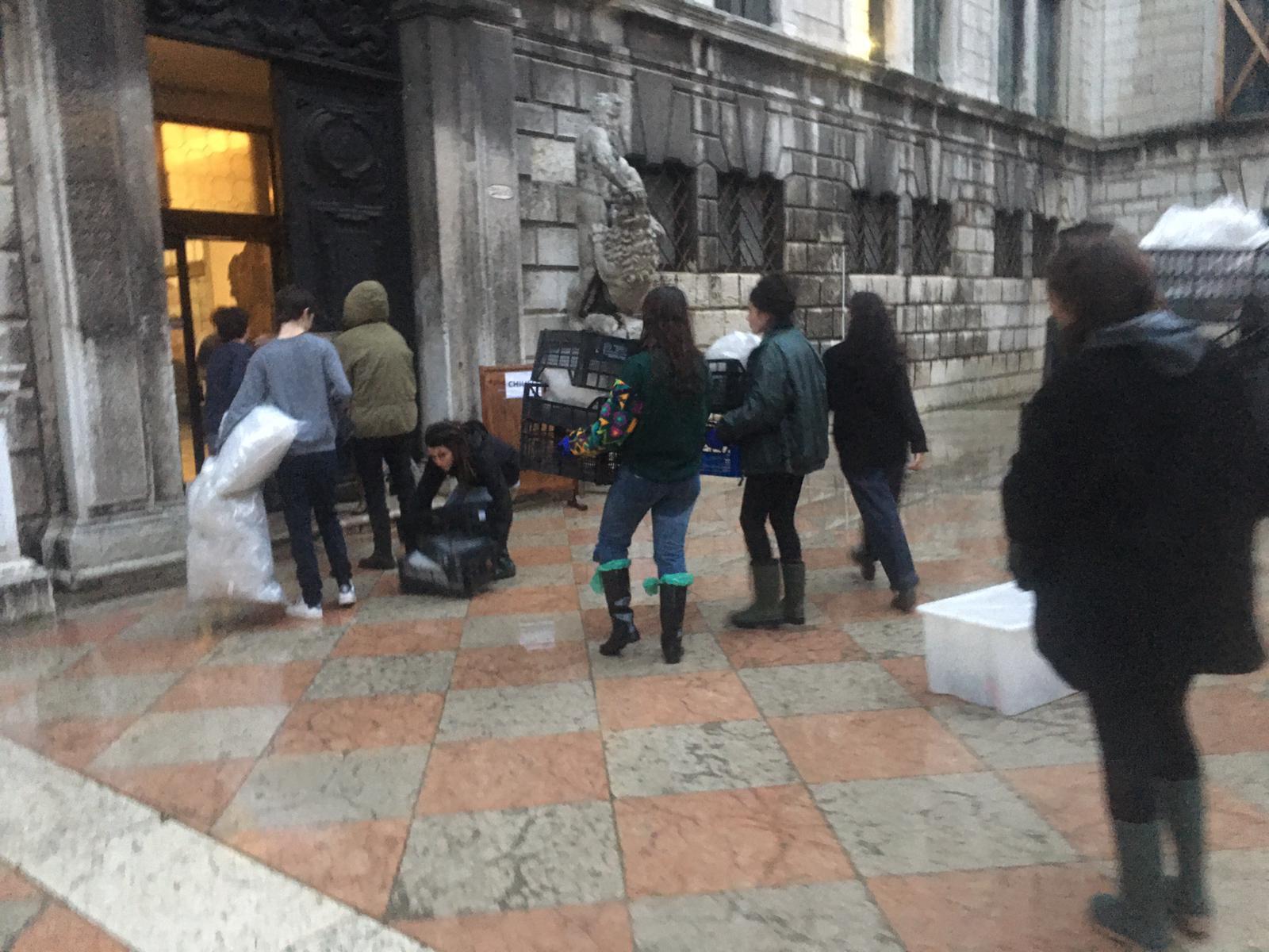 venezia attivisti cambiamenti climatici