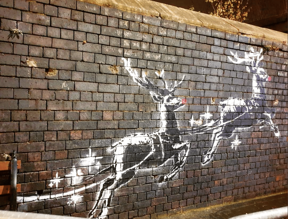 vandalizzata opera natalizia Banksy
