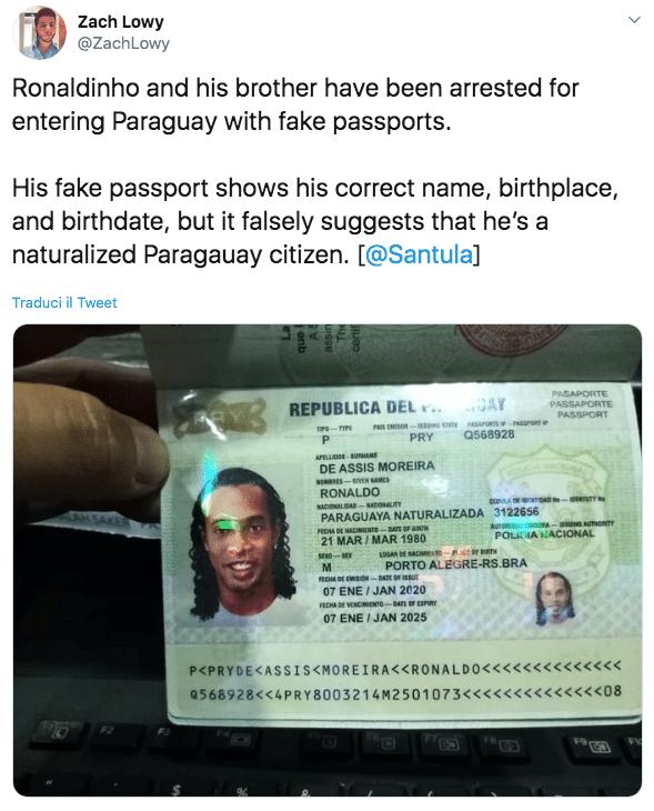Ronaldinho passaporto falso