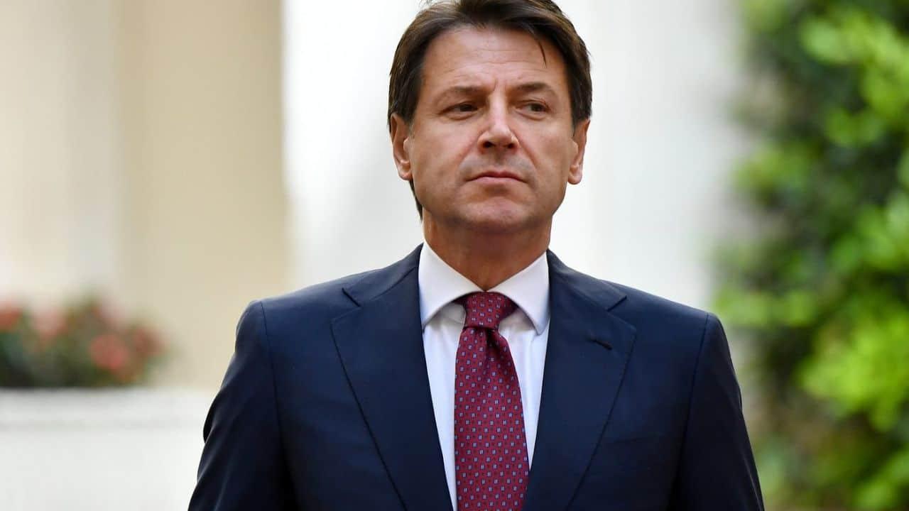 Giuseppe Conte Carriera Vita Privata Moglie Figli Stipendio Del Presidente