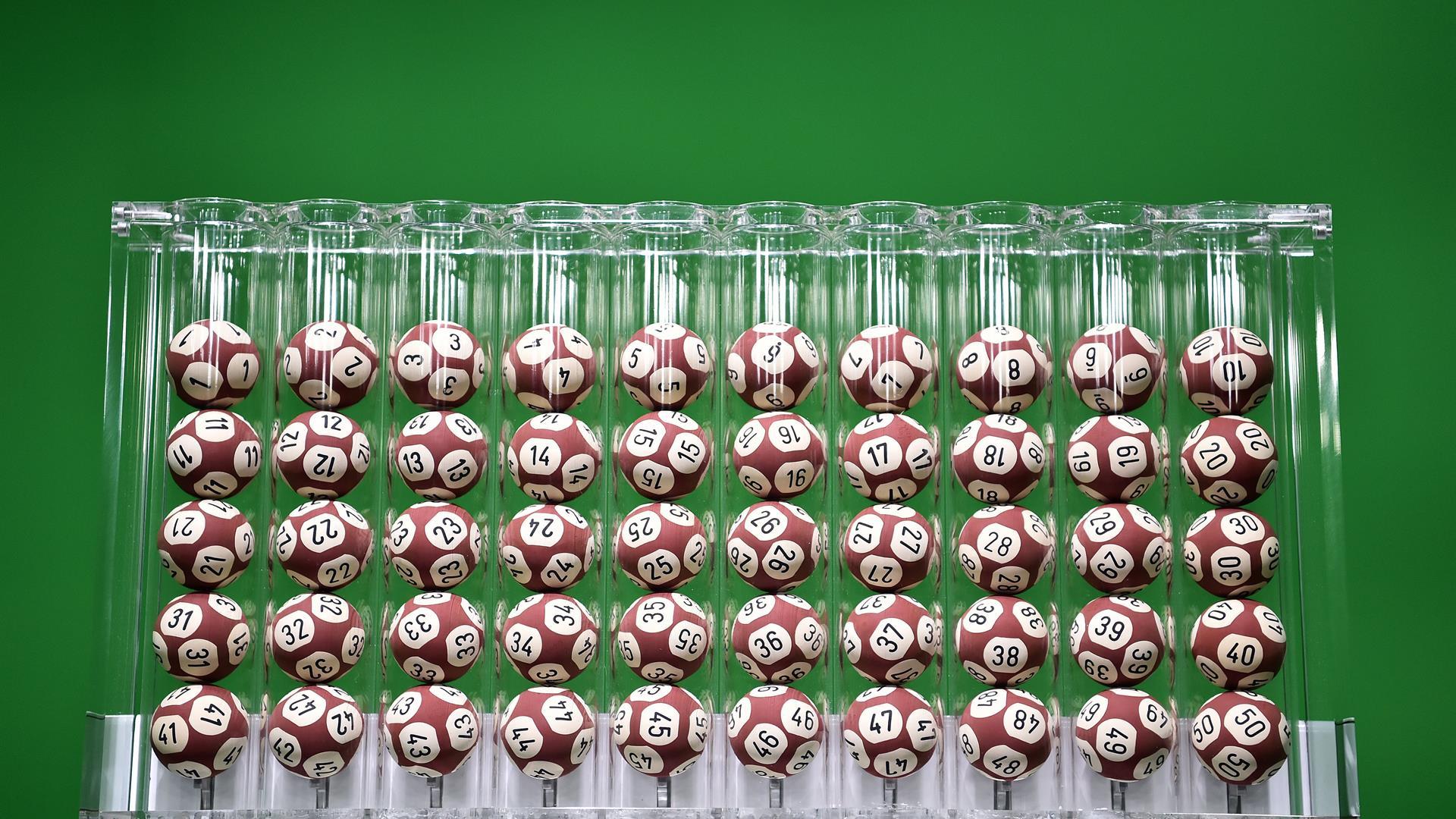 Simbolotto, Lotto/ Numeri vincenti e simboli di oggi: estraz