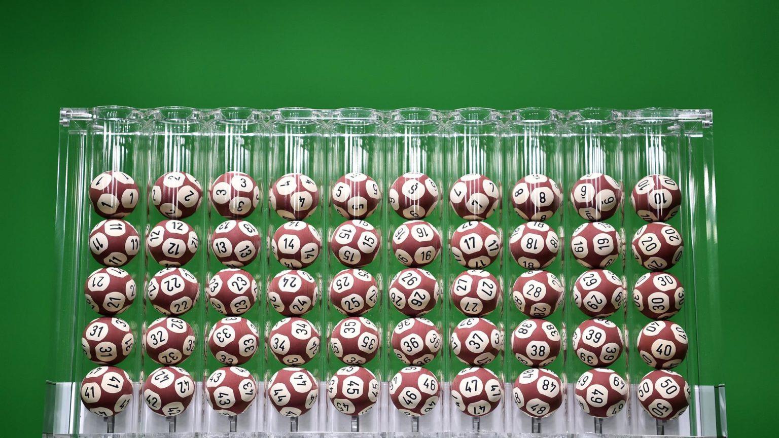 Estrazione Lotto e 10eLotto: i numeri vincenti estratti oggi
