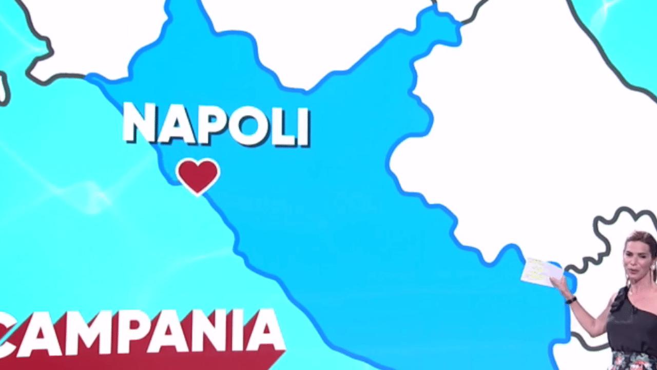 Cartina Topografica Del Lazio.Gaffe Per L Italia Che Fa Napoli Disegnata Sulla Mappa Del Lazio Video