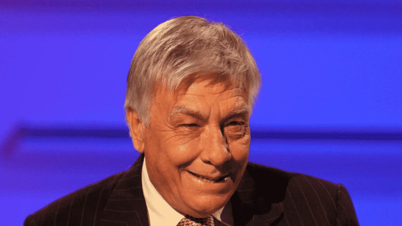 Oroscopo Branko oggi, martedì 11 agosto 2020: le previsioni segno per segno