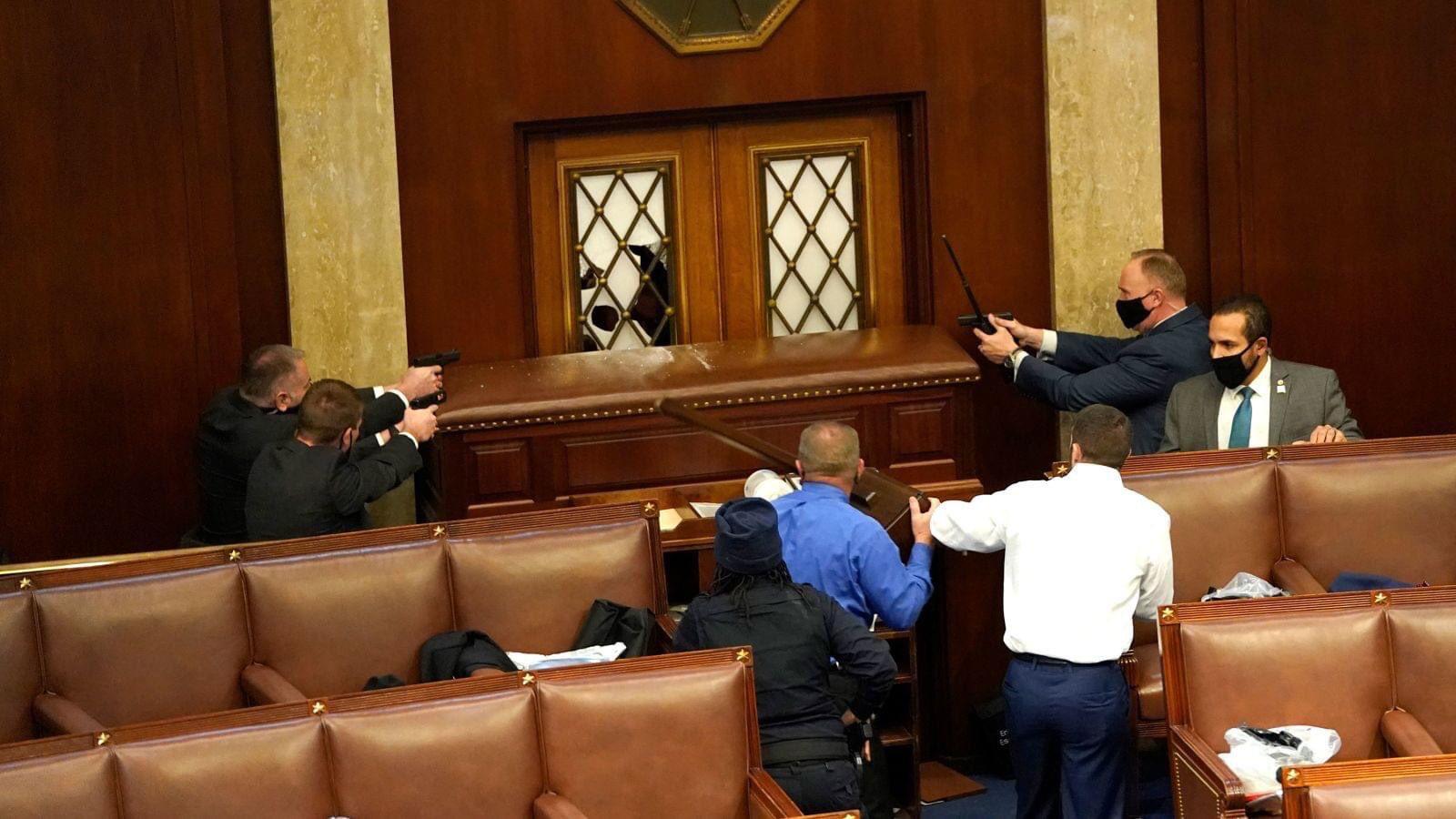 assalto congresso usa foto video