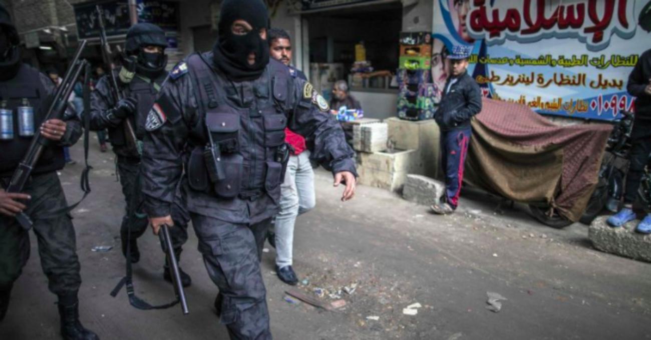 """Come agisce il """"sistema di terrore"""" della National Security Agency egiziana: il rapporto di Amnesty"""
