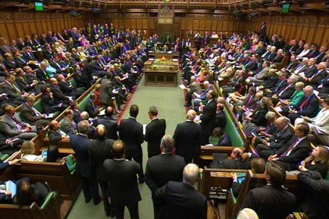 Perch nel parlamento britannico vietato applaudire tpi for Immagini del parlamento